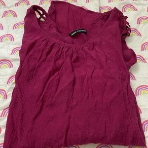 Purple 3/4 sleeve top size small